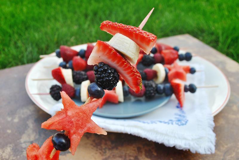 fruit-kebabs-close-up