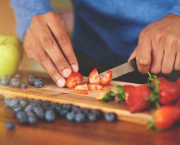Pouvez-vous manger des fruits sur un régime alimentaire faible en glucides? Ça dépend