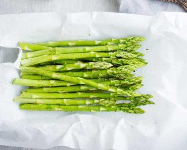 7 raisons pour lesquelles vous devriez manger plus d'asperges