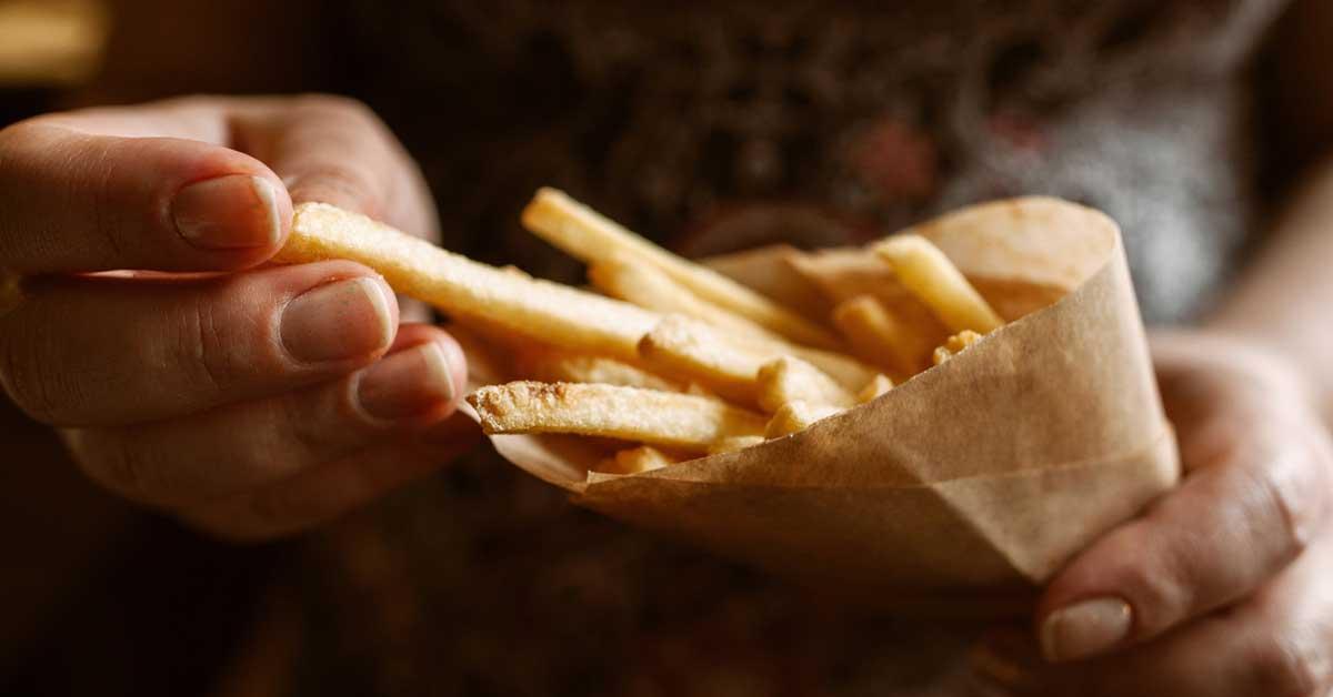 8 symptômes communs de la dépendance alimentaire