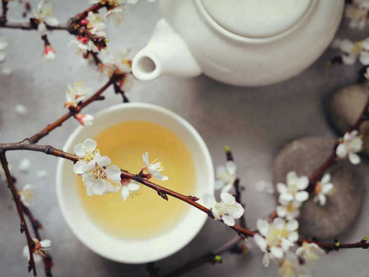 10 avantages impressionnants du thé blanc
