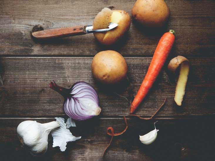 Devez-vous peler vos fruits et légumes?