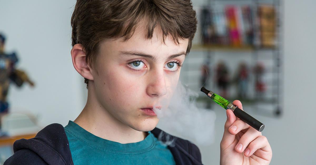 Pourquoi la FDA s'attaque à la consommation de cigarettes électroniques par des adolescents