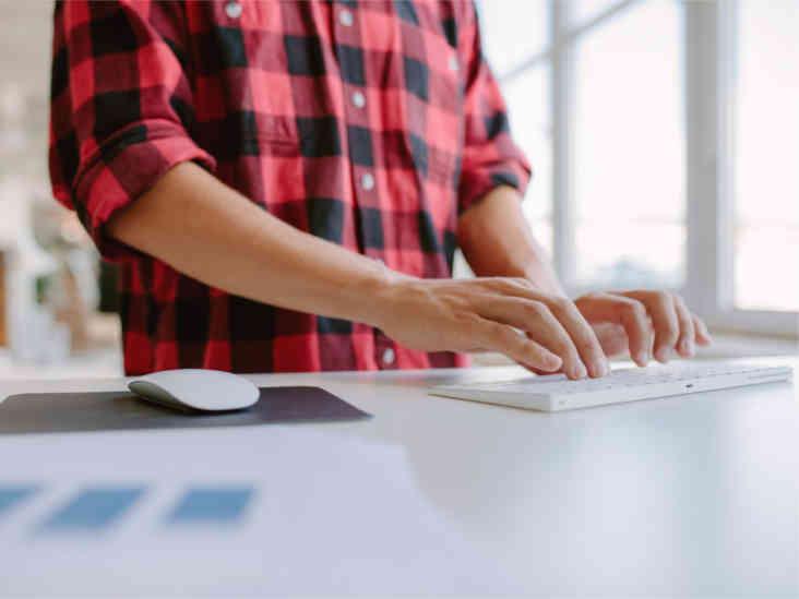 6 conseils pour utiliser un bureau debout correctement