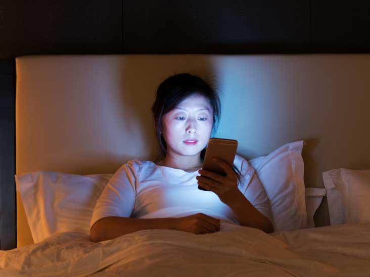 Comment bloquer la lumière bleue la nuit peut transformer votre sommeil
