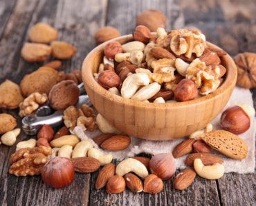 Comment manger des noix peut vous aider à perdre du poids