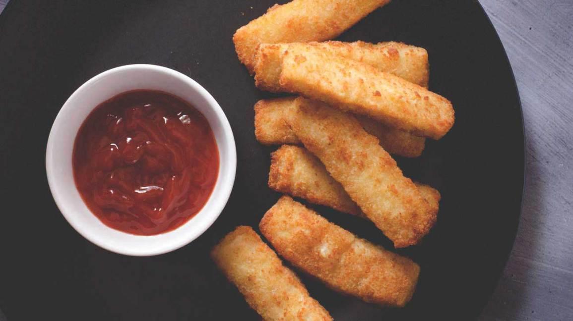 Doigts de poisson et ketchup