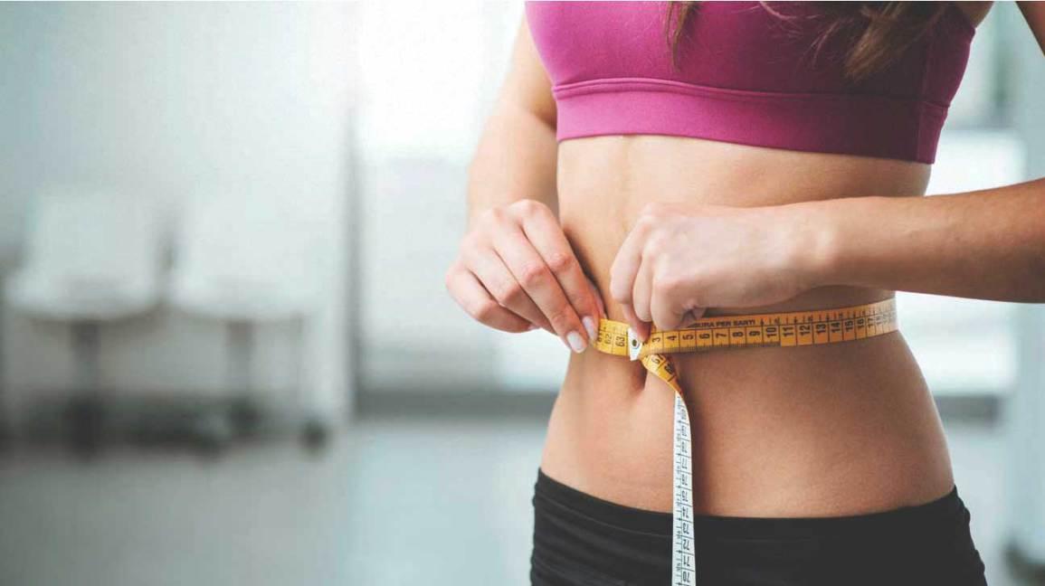 perdre du poids Femme, mesurer, estomac