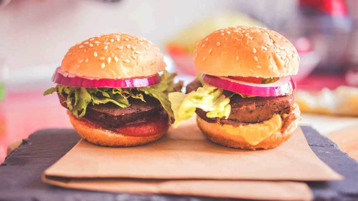 Deux hamburgers au seitan