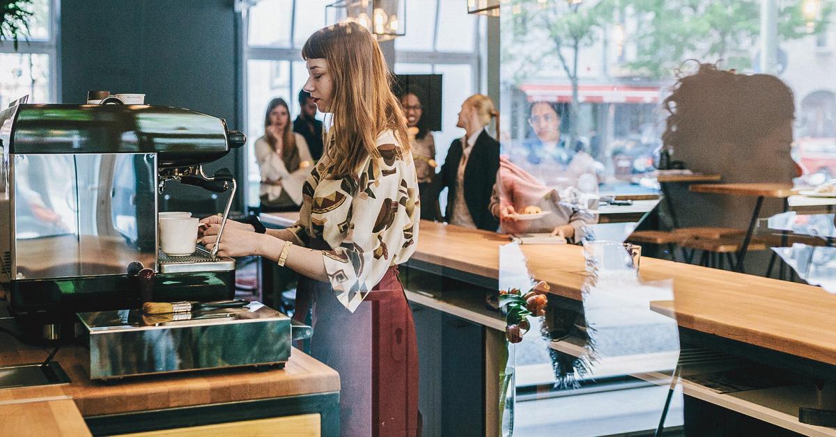 <pre>Soyez gentil avec votre barista: le travail dans l'industrie des services peut augmenter le risque de dépression