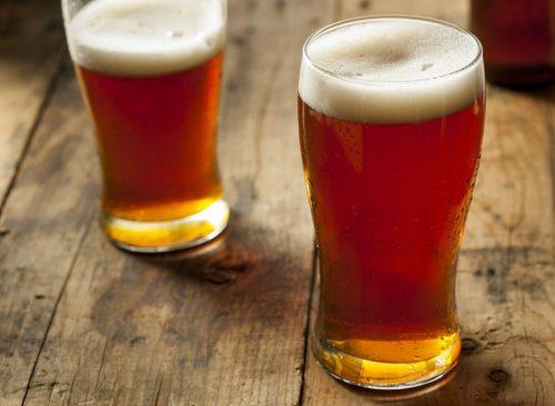 Table de chope de bière