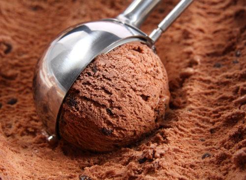 Chooclate-iskrem-scoop