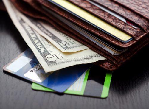 Portefeuille avec carte de crédit