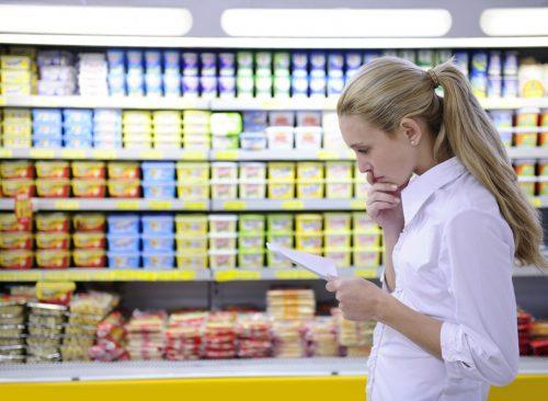 Femme, achats, supermarché