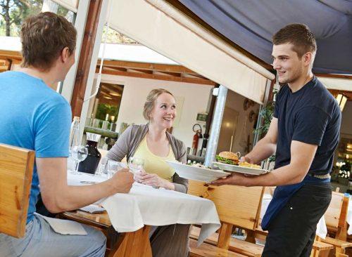 Serveur au restaurant