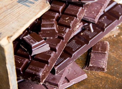Barre de chocolat noir