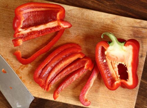 Poivron rouge tranché