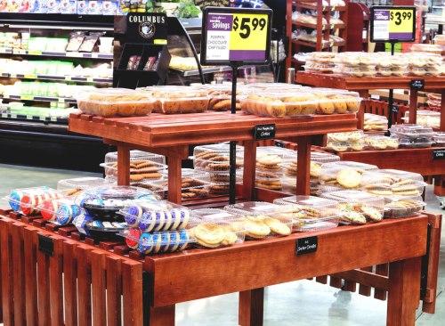 Présentoir de gâteaux de boulangerie d'épicerie