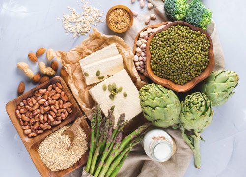 Exemples d'aliments ayant une empreinte faible ou élevée - comment se débarrasser de l'estomac gonflé en 24 heures