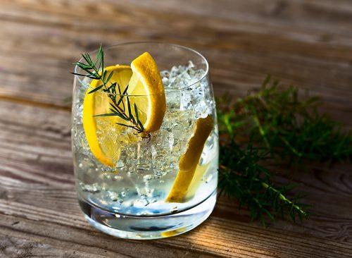 "vodka ""width ="" 500 ""height ="" 366 ""data-recalc-dims ="" 1 ""srcset ="" https://i2.wp.com/www.eatthis.com/wp-content/uploads/media/images/ ext / 777678184 / vodka-with-lemon.jpg? resize = 500% 2C366 & ssl = 1 500w, https://i2.wp.com/www.eatthis.com/wp-content/uploads/media/images/ext/777678184 /vodka-with-lemon.jpg?resize=768%2C563&ssl=1 768w, https://i2.wp.com/www.eatthis.com/wp-content/uploads/media/images/ext/777678184/vodka- with-lemon.jpg? w = 1024 & ssl = 1 1024w, https://i2.wp.com/www.eatthis.com/wp-content/uploads/media/images/ext/777678184/vodka-with-lemon.jpg ? resize = 300% 2C220 & ssl = 1 300w, https://i2.wp.com/www.eatthis.com/wp-content/uploads/media/images/ext/777678184/vodka-with-lemon.jpg?resize= 826% 2C606 & ssl = 1 826w, https://i2.wp.com/www.eatthis.com/wp-content/uploads/media/images/ext/777678184/vodka-with-lemon.jpg?resize=205%2C150&ssl = 1 205w, https://i2.wp.com/www.eatthis.com/wp-content/uploads/media/images/ext/777678184/vodka-with-lemon.jpg?resize=684%2C500&ssl=1 684w , https://i2.wp.com/www.eatthis.com/wp-c ontent / uploads / media / images / ext / 777678184 / vodka-with-lemon.jpg? resize = 640% 2C468 & ssl = 1 640w, https://i2.wp.com/www.eatthis.com/wp-content/uploads /media/images/ext/777678184/vodka-with-lemon.jpg?resize=343%2C250&ssl=1 343w, https://i2.wp.com/www.eatthis.com/wp-content/uploads/media/ images / ext / 777678184 / vodka-with-lemon.jpg? resize = 256% 2C186 & ssl = 1 256w, https://i2.wp.com/www.eatthis.com/wp-content/uploads/media/images/ext /777678184/vodka-with-lemon.jpg?resize=183%2C133&ssl=1 183w, https://i2.wp.com/www.eatthis.com/wp-content/uploads/media/images/ext/777678184/ vodka-with-lemon.jpg? resize = 244% 2C178 & ssl = 1 244w, https://i2.wp.com/www.eatthis.com/wp-content/uploads/media/images/ext/777678184/vodka-with -lemon.jpg? resize = 264% 2C192 & ssl = 1 264w, https://i2.wp.com/www.eatthis.com/wp-content/uploads/media/images/ext/777678184/vodka-with-lemon. jpg? resize = 600% 2C439 & ssl = 1 600w ""data-lazy-taill"
