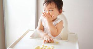 12 aliments sains et pratiques pour les enfants d'un an