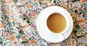 Quels sont les avantages de boire du thé avec du lait?