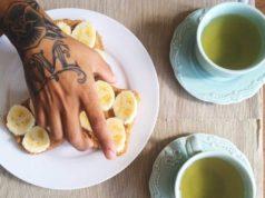Qu'est-ce que le thé à la banane et devriez-vous l'essayer?