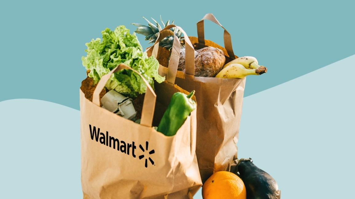 épicerie dans des sacs en papier Walmart