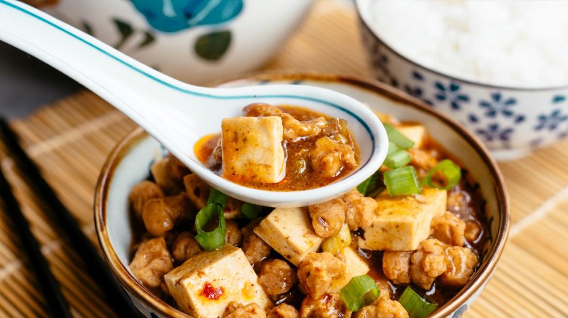 tofu et TVP dans un bol